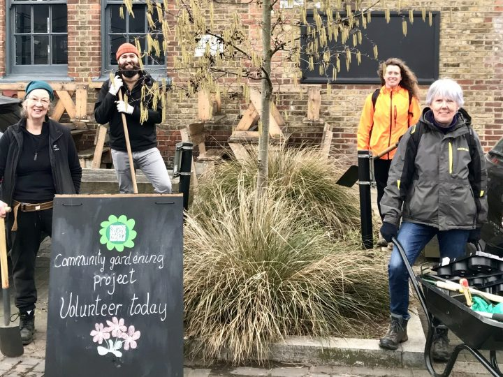 Volunteer-with-The-Friends-of-Parks-and-Green-Spaces-and-get involved-with-community-group-projects
